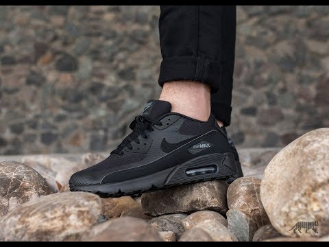 Unboxing & On feet - 2018 Nike Air Max 90 - Ultra Essential - Black