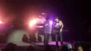 Colt Ford and Brantley Gilbert - Dirt Road Anthem (Live)
