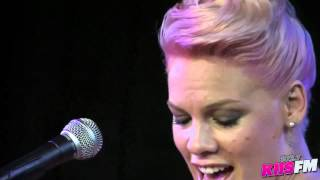 """102.7 KIIS-FM: Pink """"Who Knew"""" Live Acoustic"""