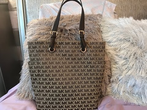 Review on the Michael Kors Jet Set MD NS Tote