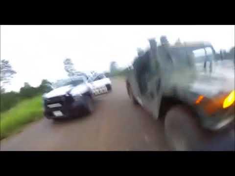Нападение боевиков мексиканской наркомафии на колонну военных