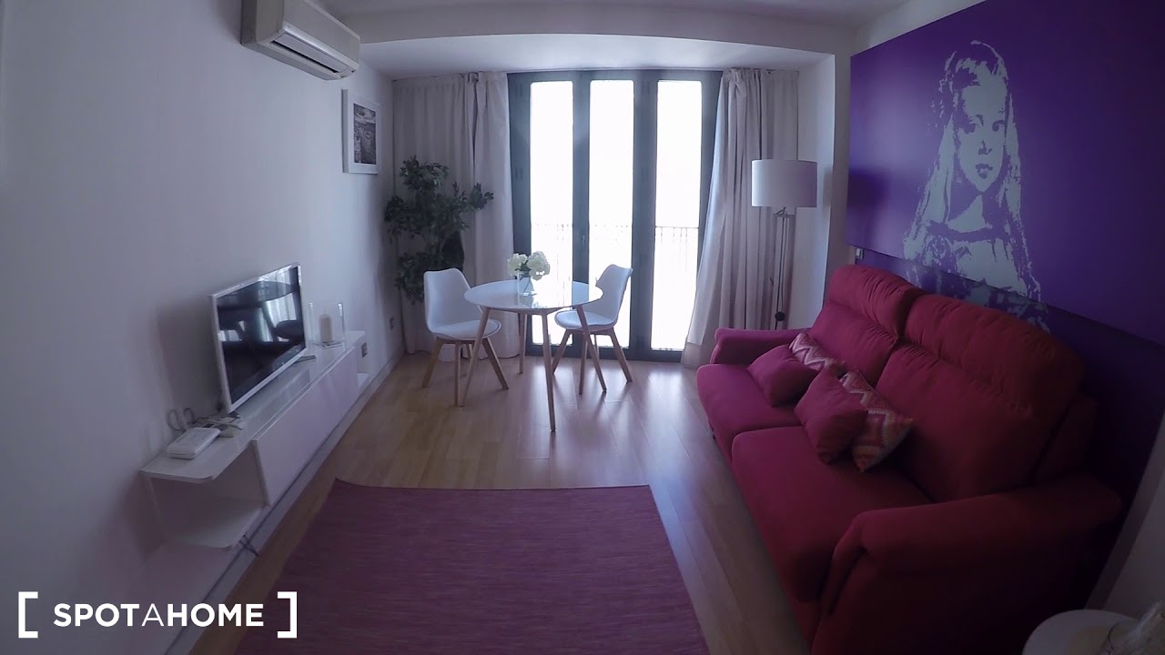 Modern studio apartment with AC for rent in Madrid Centro, near Santo Domingo and Ópera