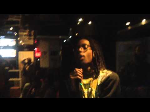 Tez- Keep Drankin (Live Performace @ Pure Lounge)