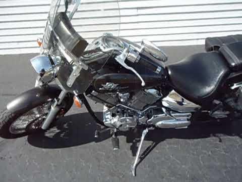 2003 Yamaha V Star 1100 Custom in Coloma, Michigan