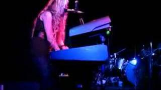 Charlotte Martin - 'Chasing A Shadow' (live, 4/3/07)