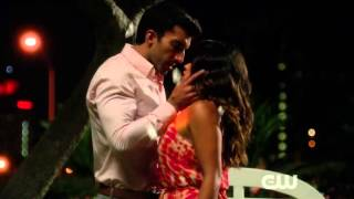 Jane The virgin - First Kiss Rafael and Jane