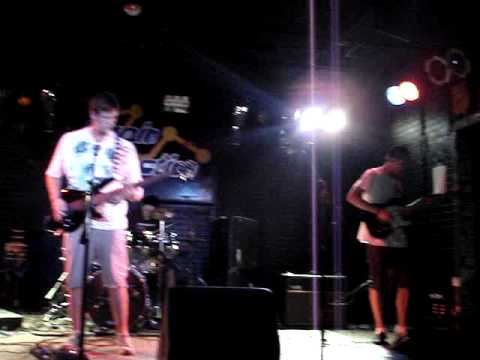 Censored.In.Color - Creepin (live at chain reaction)