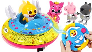 UFO appeared!! BabyShark Pinkfong Round and round UFO control!   PinkyPopTOY