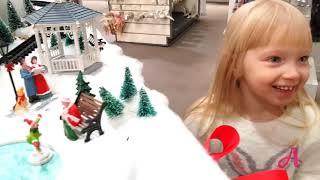 Рождественский городок в Myer