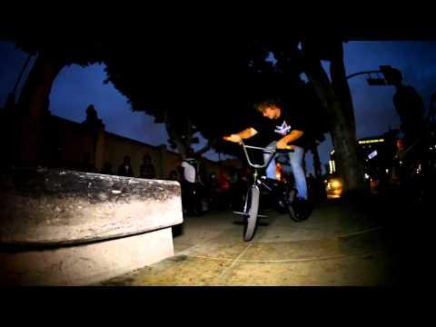 BMX - ONSOMESHIT HALLOWEEN STREET JAM