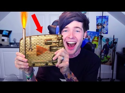 YOUTUBERS WITH CUSTOM PLAY BUTTONS!