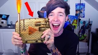 Top 10 YOUTUBERS WITH CUSTOM PLAY BUTTONS!