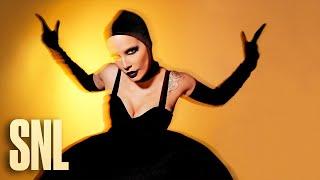 Halsey: I Am Not a Woman, I'm a God (Live) - SNL