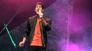 Darin in Borås singing See U At The Club