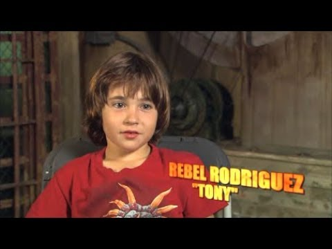 Casting Rebel - Looked Like All The Doomed Kids - Third Special Feature From Planet Terror