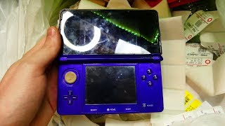 I JUST FOUND A 3DS!!! Gamestop Dumpster Dive Night #735