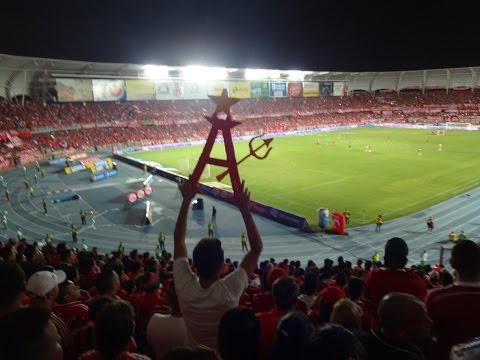"""Salida América de Cali Vs Real Cartagena"" Barra: Baron Rojo Sur • Club: América de Cáli"