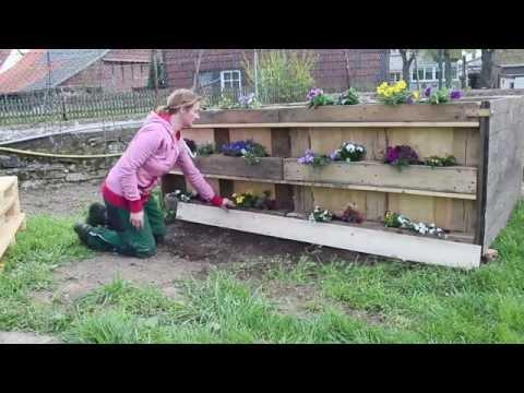 Hochbeet mit Blumenkästen aus Paletten - Gute Ansätze aus Europalette für den eigenen Garten