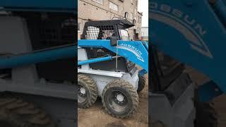 видео товара Мини-погрузчик ковшовый Toyota Jobsun7 Bobcat