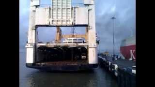 Перевозка  грузов Калининград - Санкт-Петербург паромом
