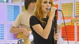 <b>Siobhán Donaghy</b>  Overrated Live  PopWorld