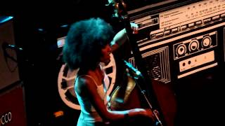 "Esperanza Spalding ""Throw It Away"" (Abbey Lincoln) @ La Cigale (Paris)"