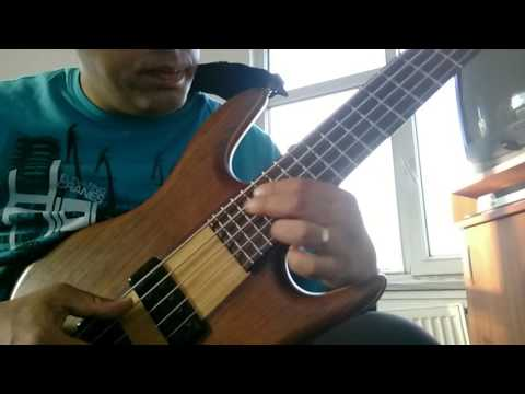 Bass guitar G-7 chord variations and melody and little solo