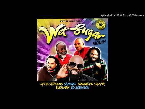 Download Jah Live Riddim (August Town riddim) Mix 2009 [Joe Frasier