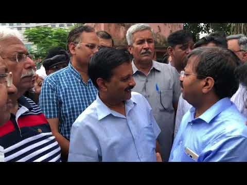 Delhi CM gives strict remarks to Officials on mismatch in report of DJB sites for Mohalla Clinics
