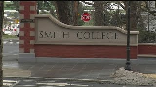 Smith College students, alumnae fighting to save equestrian team