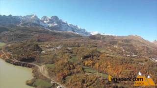 preview picture of video 'Parapente con Tena Park'
