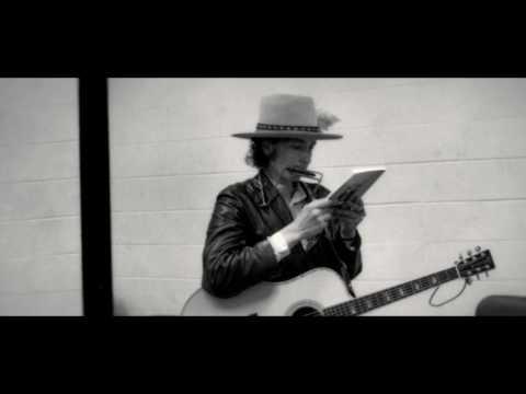 The B-Side: Elsa Dorfman's Portrait Photography Clip 'Dylan'