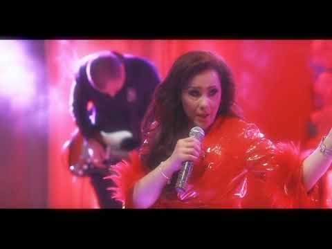 """Manoella Torres """"Tómame o Déjame"""" ENTERA"""