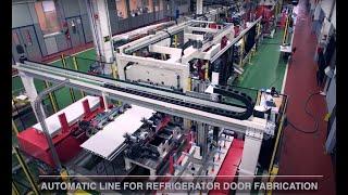 Línea automática para la fabricación de puertas de frigorífico