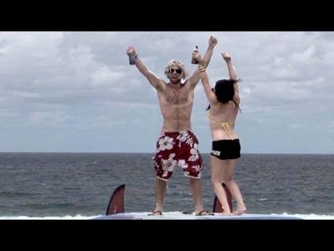SURFIN' STEVEN X-Perience - Bande Annonce du Film