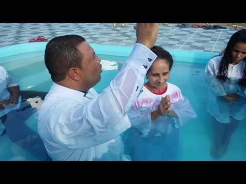 Batismo nas Águas na Igreja Assembleia de Deus em Antonio Gonçalves Bahia