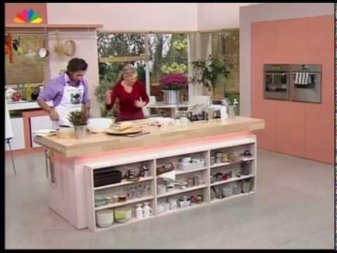 Ζύμη για πίτσα με την Ντίνα Νικολάου και τον Θανάση Πάτρα