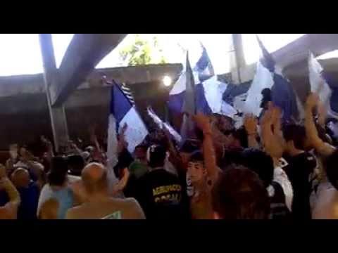 """""""Ya llega el domingo♫ - La banda cervecera."""" Barra: Indios Kilmes • Club: Quilmes"""