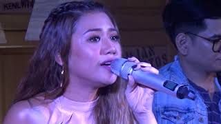 Morissette Amon and Gio Levi (Stages Sessions 3) - Beautiful (Christina Aguilera)