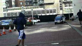 Альфредо Флорес, Kenny Hamilton and Alfredo Flores went for a jog around manchester.