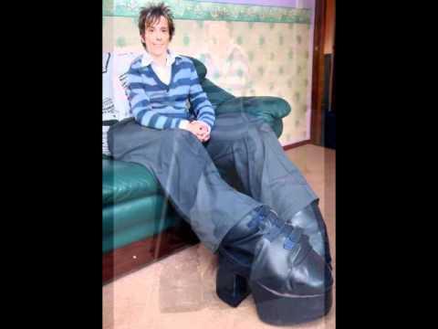 e86c2afcc Мэнди Селларс - женщина с самыми большими ногамиВидео не работает?