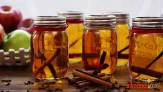 Homemade Gifts - How to Make Apple Pie Ala Mode Moonshine