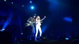 Danielle Bradbery singing My Day at The State Fair of Texas!