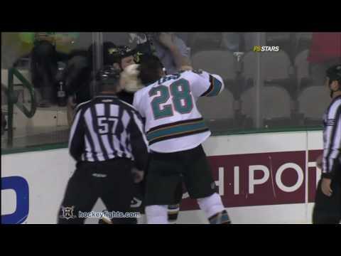 Krys Barch vs. Jay Leach