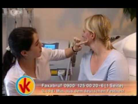 Das Make-Up für die Person mit der Pigmentation