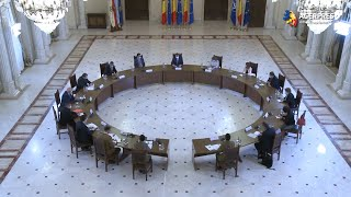 Preşedintele Iohannis - o nouă şedinţă cu membri ai Guvernului şi specialişti privind gestionarea pandemiei de COVID-19