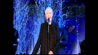Annie Lennox - The Holly And The Ivy (live)