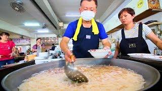 Squid Noodles - Street Food in Taiwan | INCREDIBLE Taiwanese Street Food tour in Tainan, Taiwan