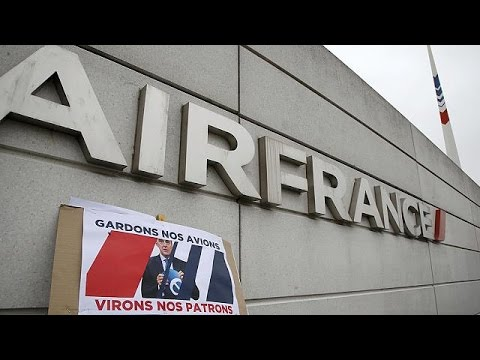 Γαλλία: Βαλς εναντίον Σαρκοζί για την Air France – economy