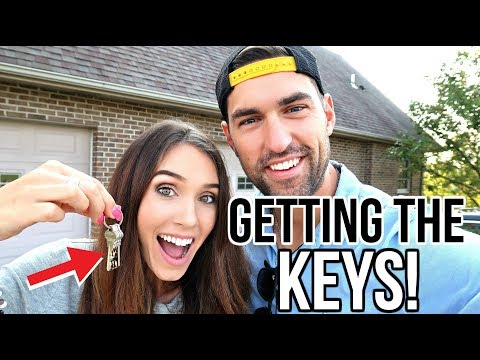 GETTING THE KEYS TO OUR NEW HOUSE!  (FIRST LOOK!)